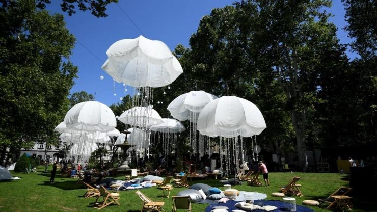 Bijele meduze u zagrebačkom parku Zrinjevac